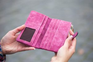pink wallet from pexels
